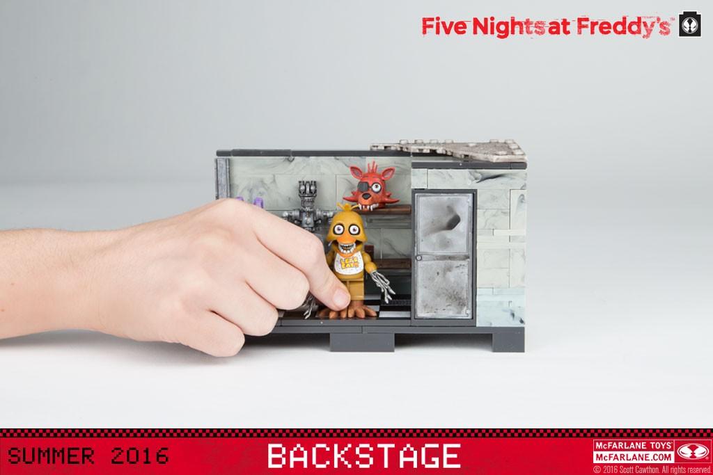 webready_mcs_fnaf_tmt_backstage_hand