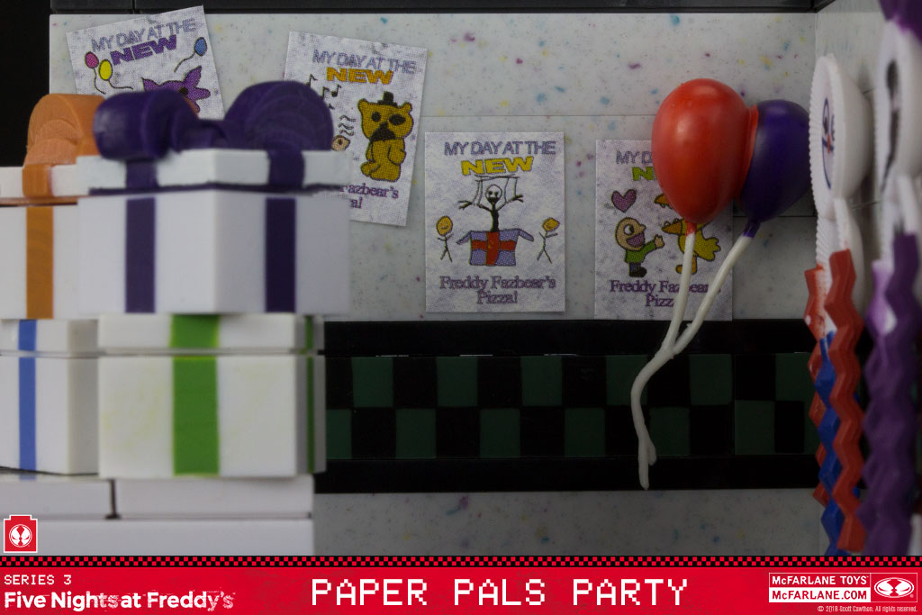 McFarlane Toys Five Nights at Freddy/'s Paper Pals Party Small Construction Set